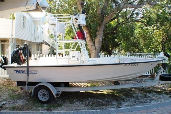 Pathfinder 1806 Tower Bay Boat 2013 Motor