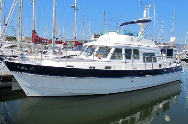 Windboats Hardy Commodore 42