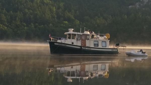 Nordic Tugs 32 Trawler Port Profile
