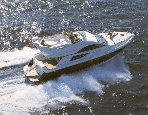 Fairline Phantom 43 Katalogbild
