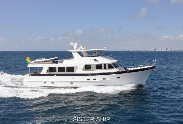 Outer Reef Yachts 800 MY