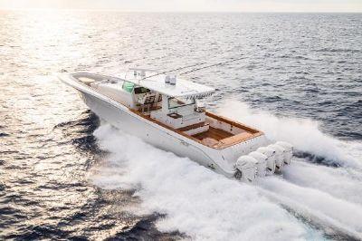 HCB 65 Estrella Port Side
