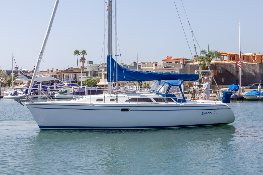 Catalina 320 Port Profile