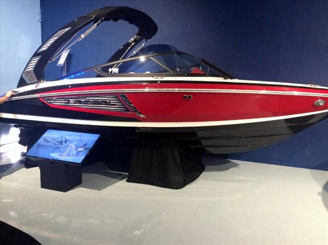 Regal Bow Rider 2100 RX Surf