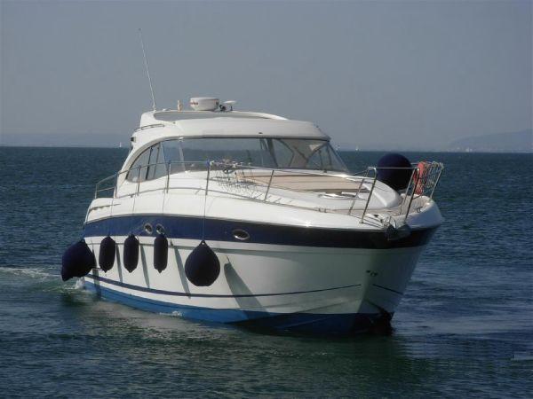 Bavaria 42 HT Bavaria 42HT - Open Motor Yacht