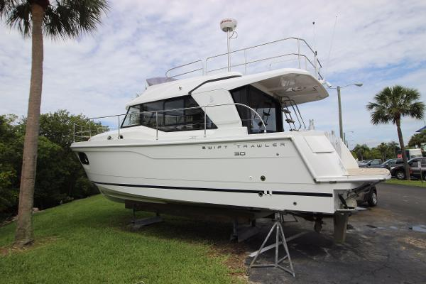 Beneteau Swift Trawler 30 Swift 30 #22