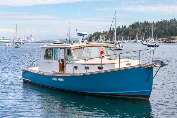 Custom Downeast Lobster boat