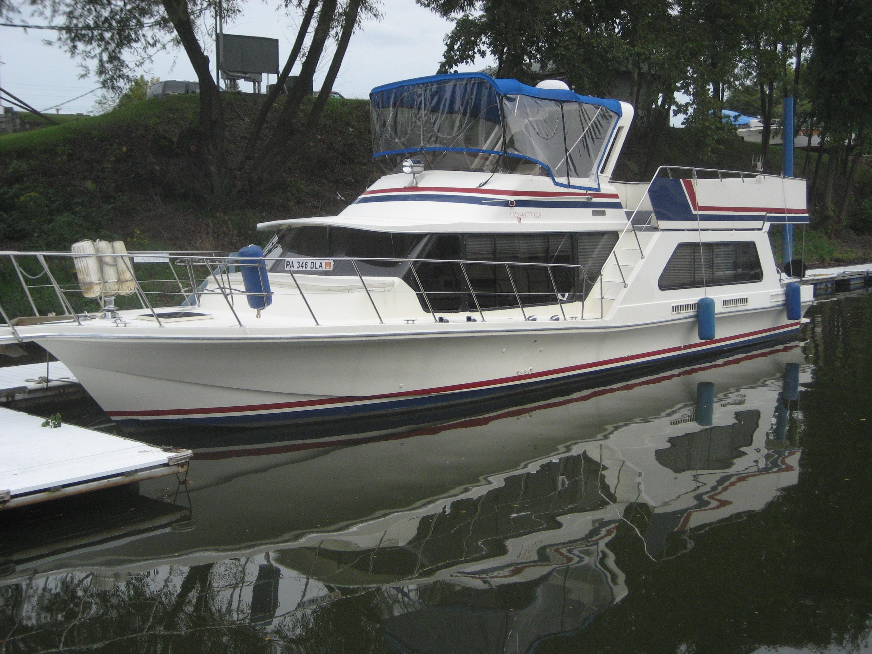 Bluewater Yachts 52 Bluewater Coastal Cruiser Houseboat