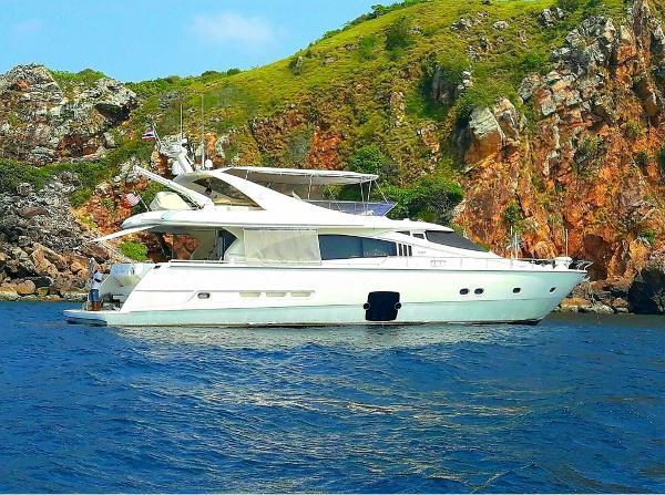 Ferretti Yachts 731 Ferretti 731