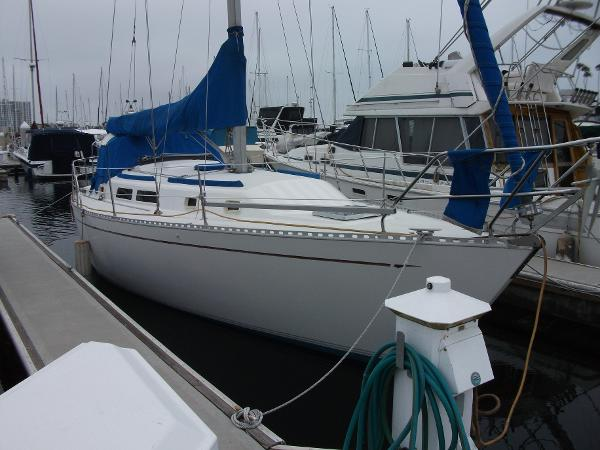 Islander 34-2