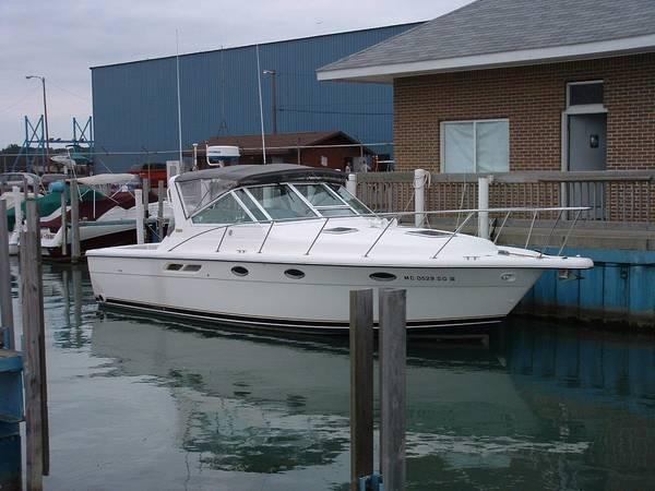 Tiara 3100 Open Dockside