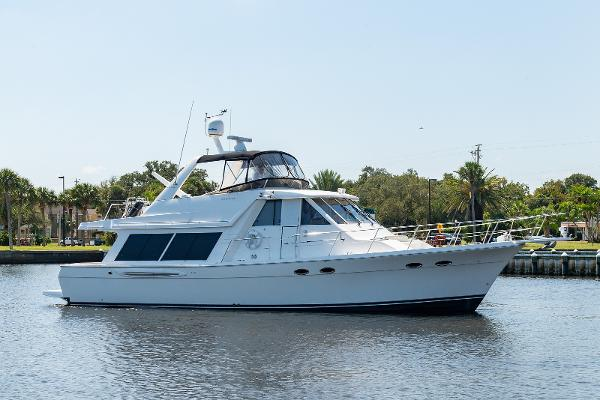 Meridian 490 Pilothouse Baby Cakes