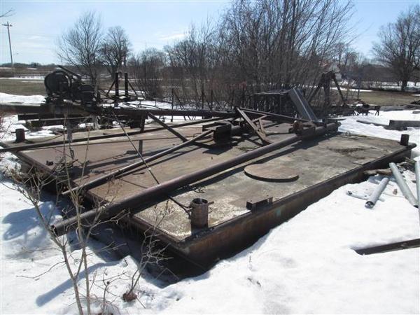 Steel Barge /2 longitudinal bulkheads