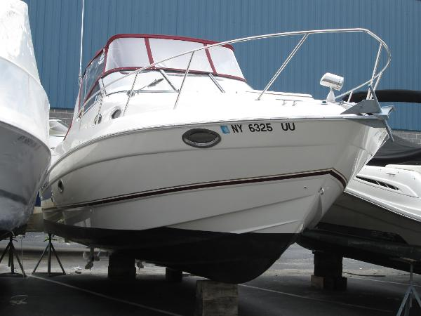 Regal 2960 Express Cruiser