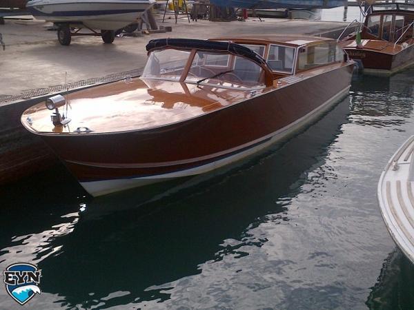 Giudecca Motonautical Venetian Wooden Taxi Boat Giudecca Motonautical Venetian Wooden Taxi Boat