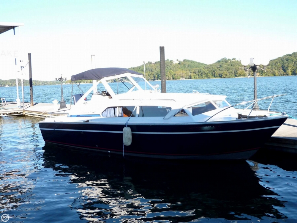 Chris-Craft Catalina 281 1972 Chris-Craft 28 for sale in Hixson, TN