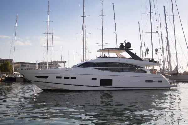 Princess 82 Motor Yacht Princess 82MY For Sale