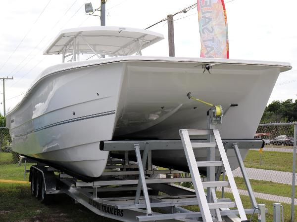 Twin Vee OceanCat 360 SE