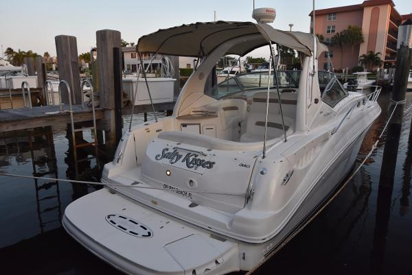 Sea Ray 320 Sundancer 320-Sea-Ray-Sundancer