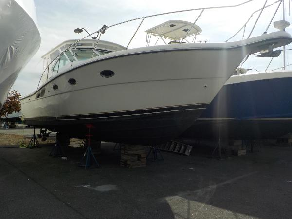 Tiara 3500 Open Bow