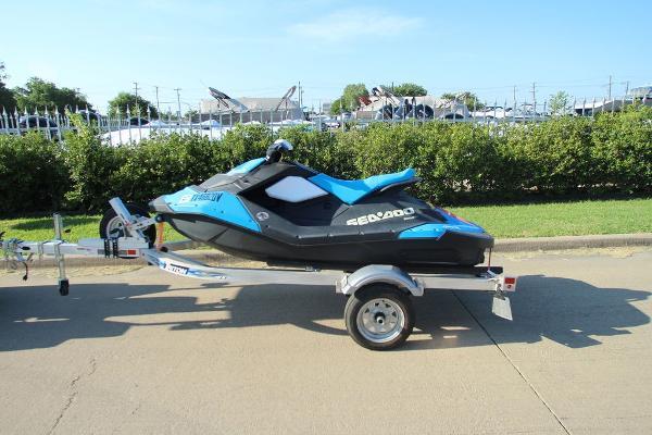 Sea-Doo Spark 2-Up Rotax 900 HO ACE
