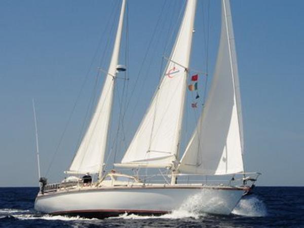 Amel Super Maramu 2000 Amel Super Maramu 2000 - under sail