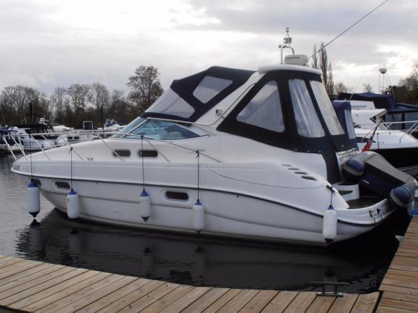 Sealine S34 Sports Cruiser