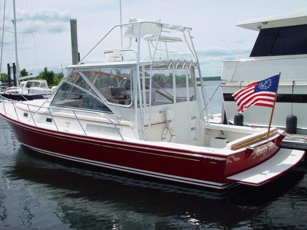 Little Harbor WhisperJet 38 Port side profile