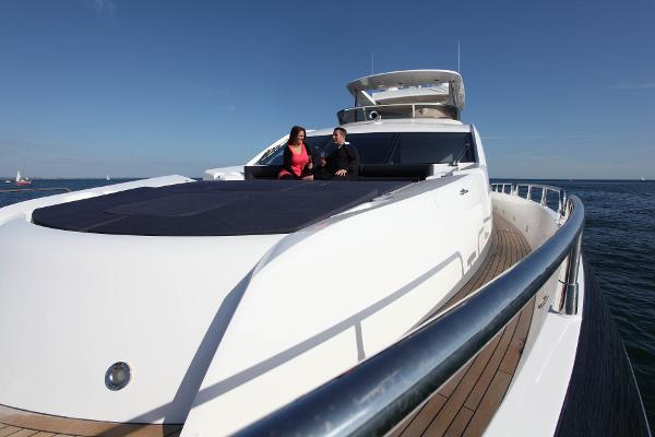 Sunseeker 80 Yacht Deck