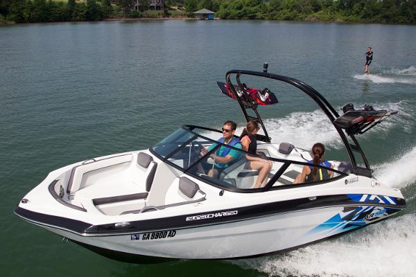Yamaha Boats AR192 Manufacturer Provided Image