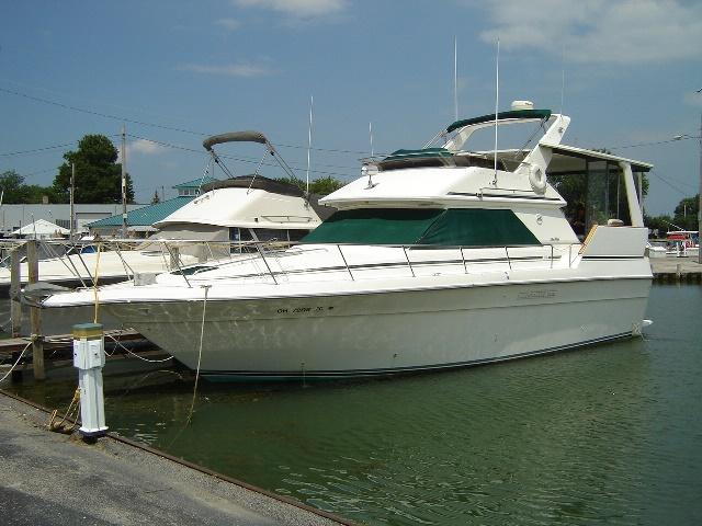 Sea Ray 380AC
