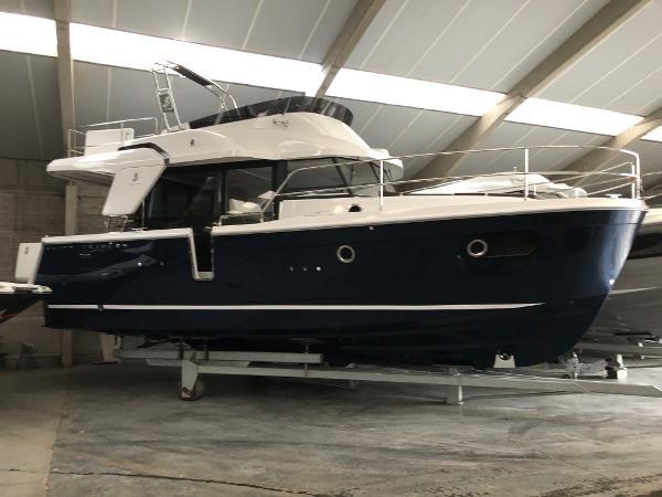 Beneteau Swift Trawler 35 trawler 2019