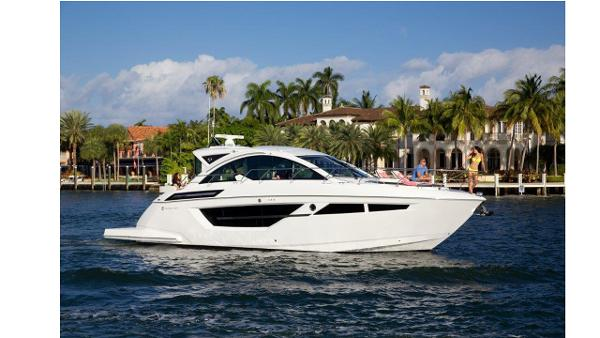 Cruisers Yachts 50 Cantius Manufacture Profile