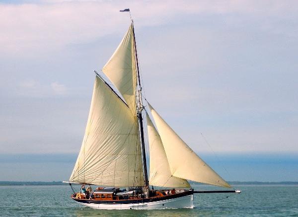 Gaff Cutter Yacht Gaff Cutter Yacht