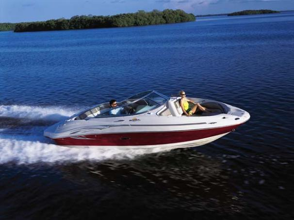 Sea Ray 220 Sundeck Manufacturer Provided Image