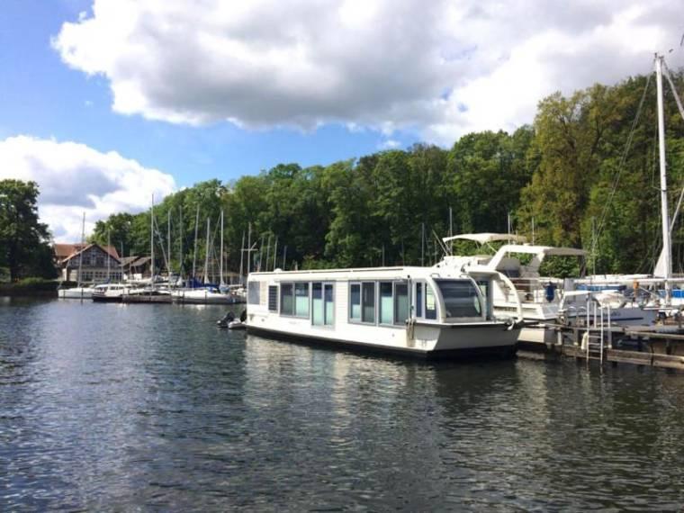 Hausboot / Wohnschiff