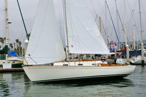 Yankee Dolphin Sloop New Sails