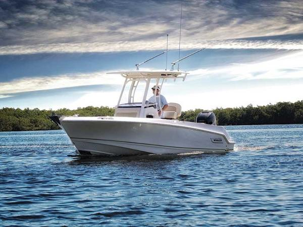 Boston Whaler Outrage 230