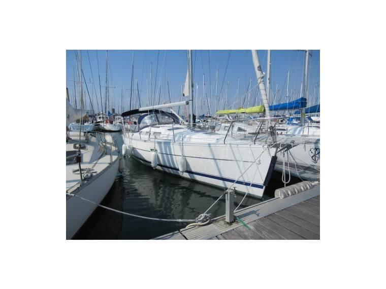 Beneteau BENETEAU OCEANIS 323 CLIPPER EB44390