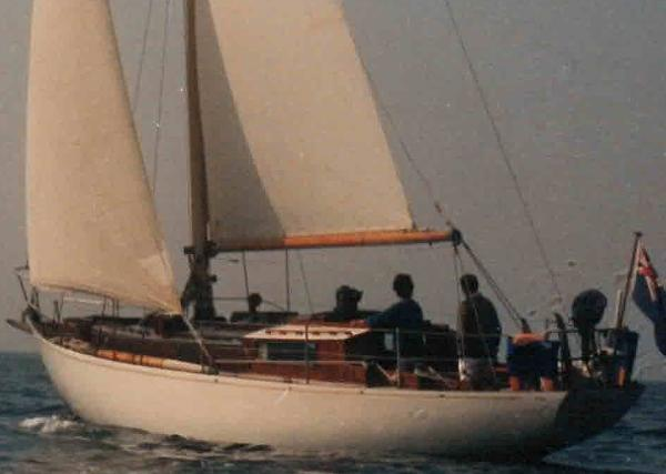 Robert Clark 37' sloop Main
