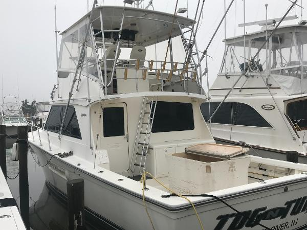 Henriques 44 Sportfisherman Port Side