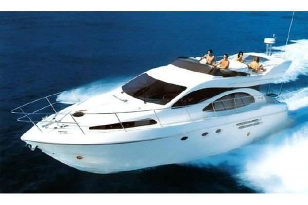 Azimut 46 Flybridge Convertible