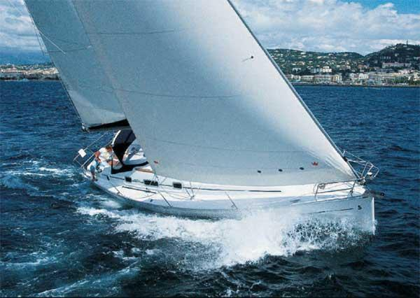 Beneteau Oceanis Clipper 343 Manufacturer Provided Image: Oceanis 343