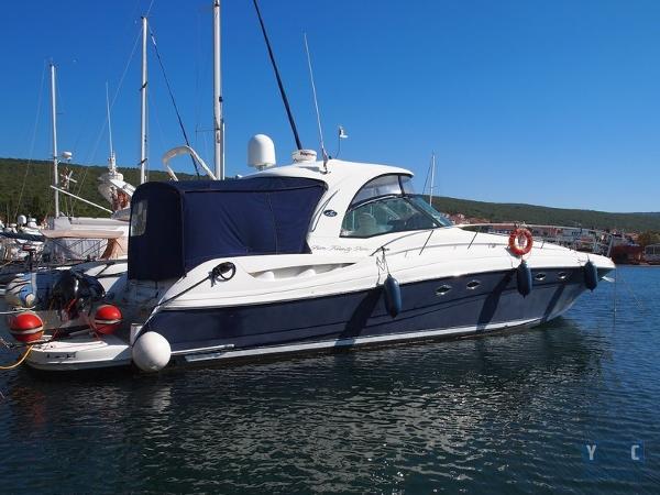 Sea Ray 525 DA P1019735