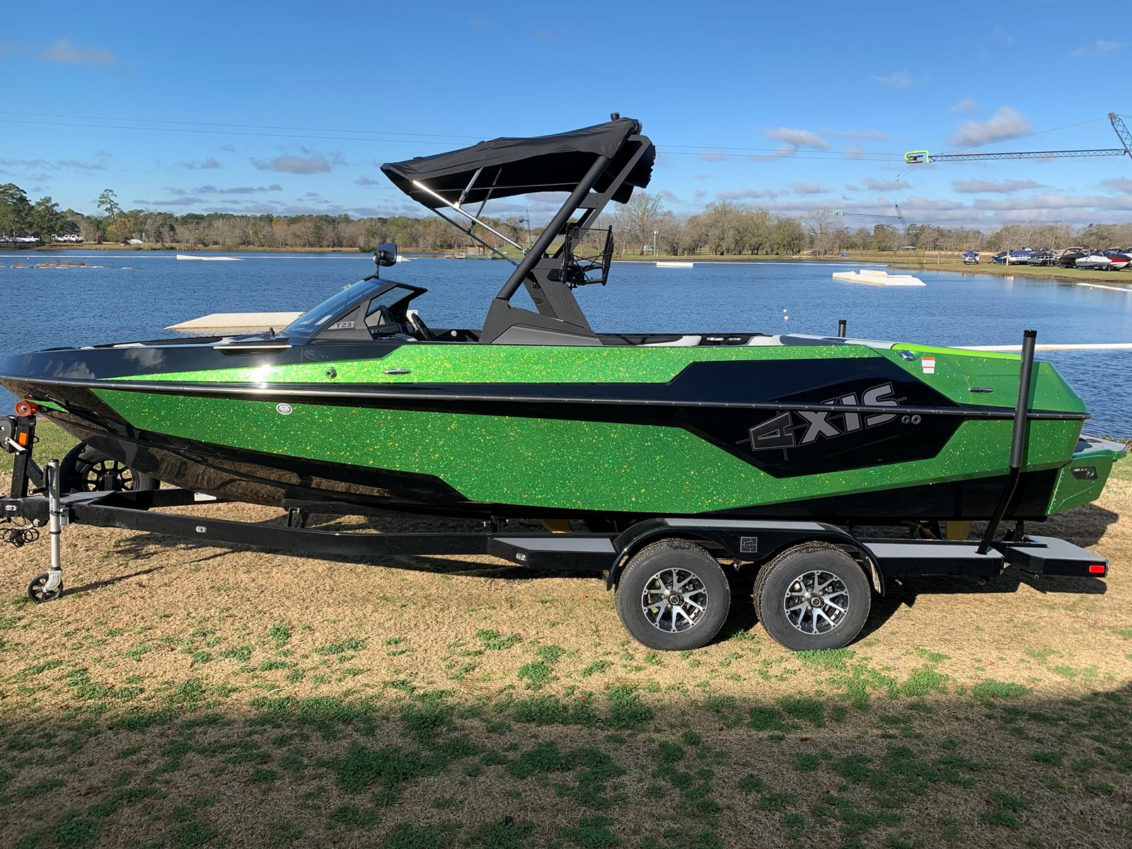Axis Wake T SERIES T23