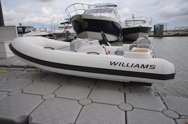 Williams Turbojet 325 Sport 100HP