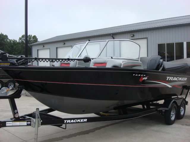TRACKER BOATS Multi-species Deep V Targa 20 WT
