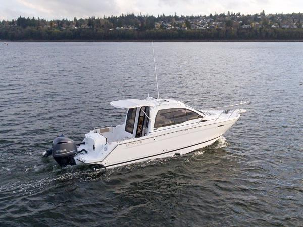 Cutwater C-242 Coupe Yamaha 300hp