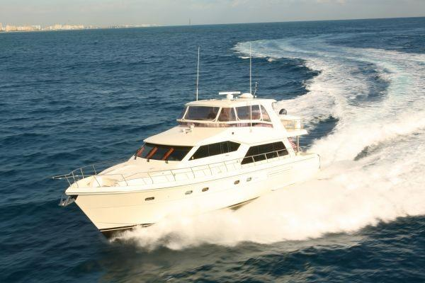 Hampton 630 PH Motoryacht Sistership Photo