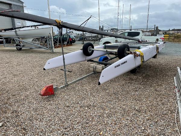 Catamaran Bimare V1R